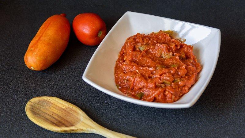 como se hace la salsa de tomate frito