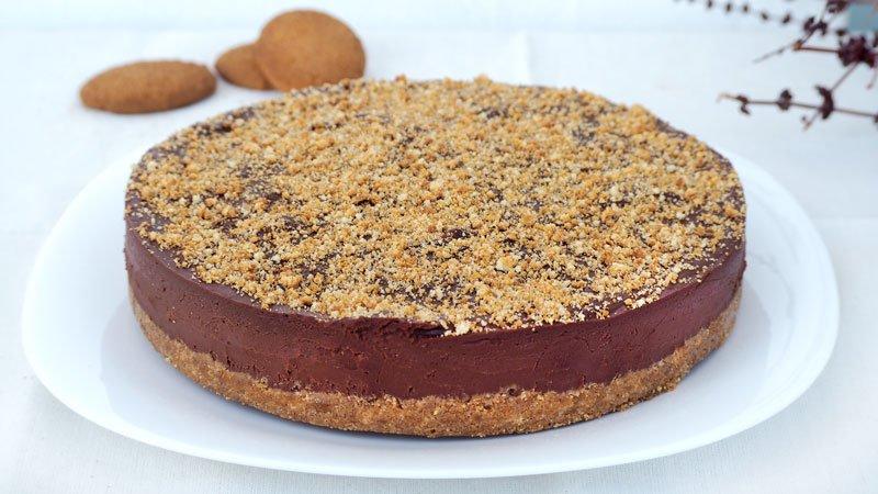 paso a paso tarta de cumpleaños de chocolate y galletas
