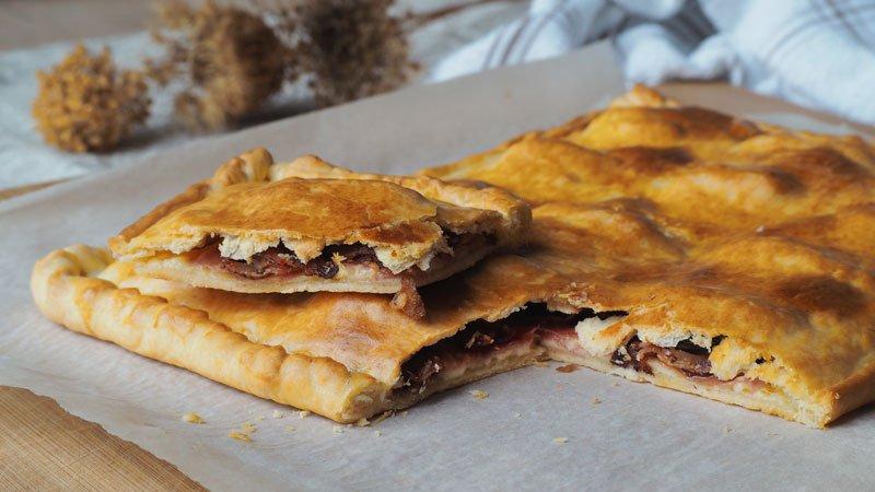 receta facil de Empanada de queso, bacon y datiles