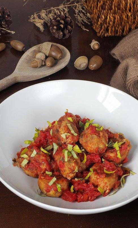 paso a paso albondigas de berenjena con salsa de tomate