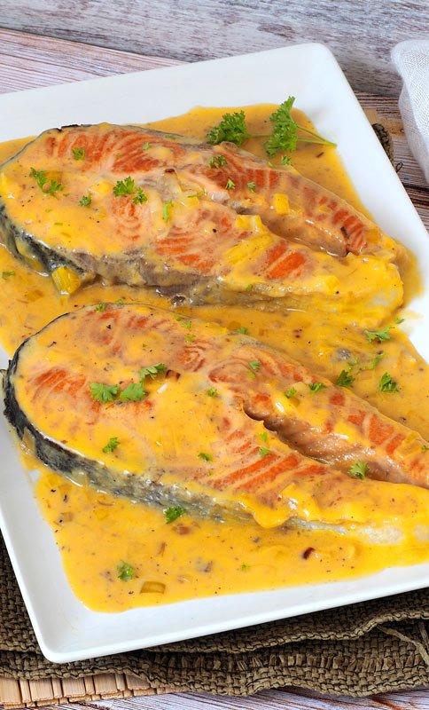 como se hace el salmon con salsa cremosa de naranja y coco