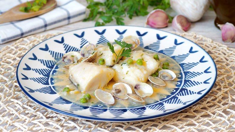 receta de bacalao en salsa verde con almejas