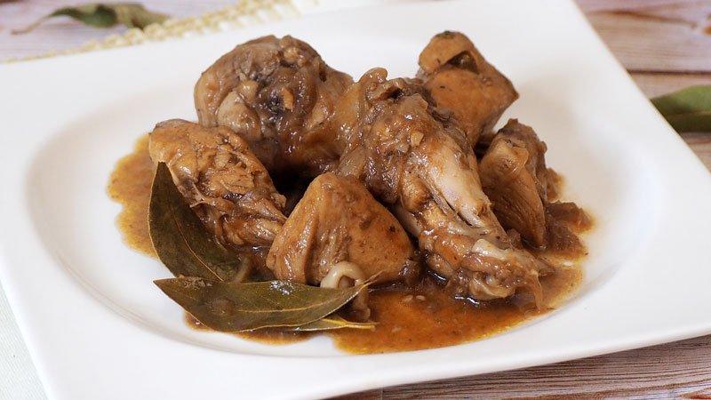 receta de pollo con cebolla caramelizada paso a paso