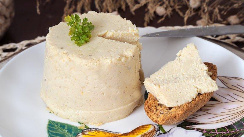 receta de falso queso vegano de garbanzos