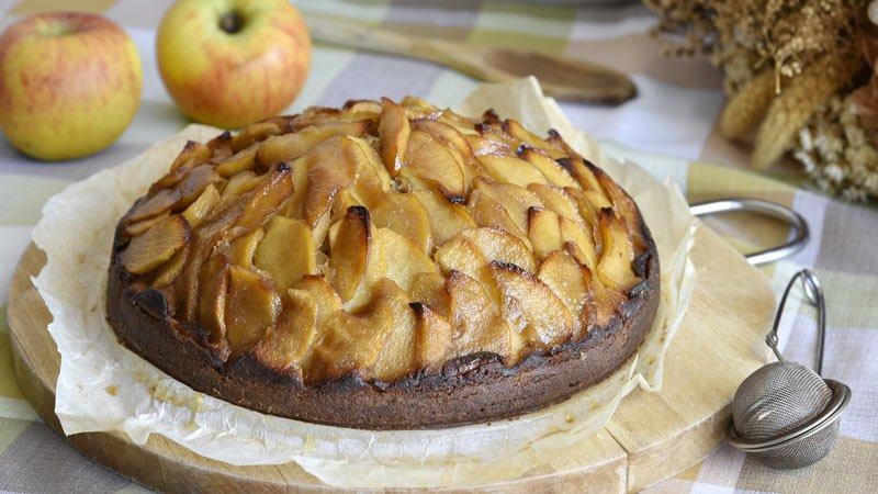 como hacer bizcocho de manzana caramelizada receta dulce
