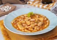 receta facil de alubias con choco o sepia