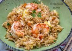 arroz frito con gambones y verduras estilo thai
